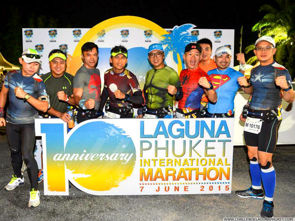 Group of participants at the Laguna Phuket International Marathon